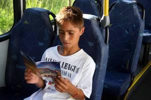 Leitura no ônibus - foto João Campos Lima - Divulgação PMPA
