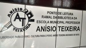 Ponto de Leitura - Identificação na parede do Bar do Luís - Foto Prof. Cassiano Leal - Divulgação